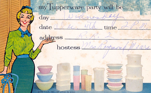 tupperware-party-dating-ideas-malisia-san-francisco-naked-happy-girl