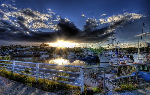 Sunset at Ulladulla Harbour - Sam Ilic - STAGE88
