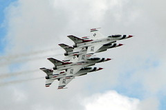 RIAT 2007 (Flight Fantastic) Tags: aircraft airshow f16 thunderbirds riat riat2007