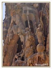 Sagrada Familia 13 - Barcelona - Gaudí (Portal de la Caridad)