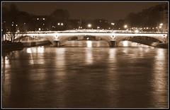 Paris - by Luiz Felipe Castro