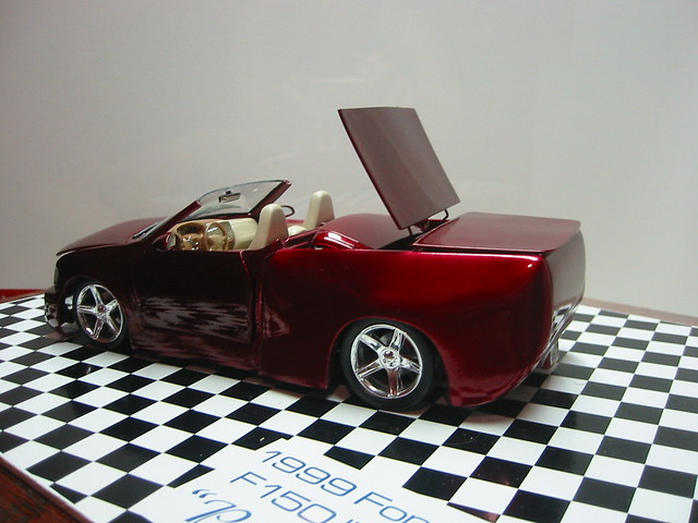 ford scale top convertible pickup f150 1999 motors lightning tamiya gears svt 125 revell retractible
