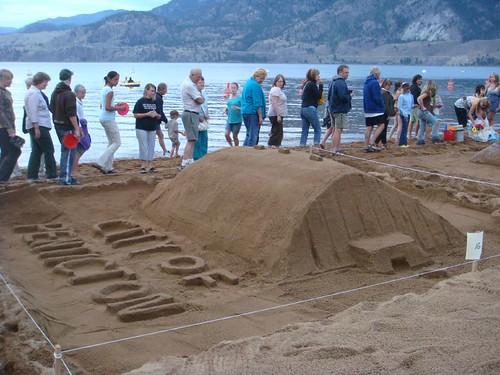 Sandcastle Competition at 2007 Penticton Peachfest  (20)