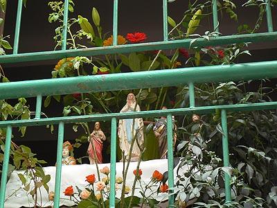vierge au balcon.jpg