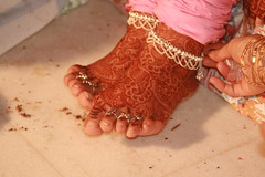 getting the bride ready (...Ashish...) Tags: wedding india feet foot bride no delhi henna hina hindu mehndi bharat anklet ih panjabi smorgasbord novideo hindustan panjab swadesh novideoonflickr isaynotovideoonflickr