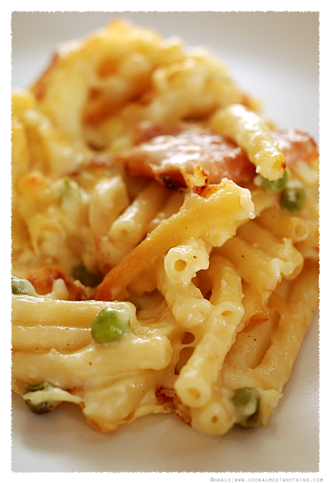 maccheroni and smoked provolina© by Haalo
