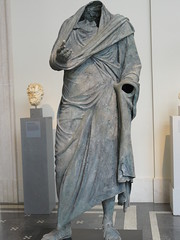 Bronze statue of a man in the contrapposto pose of oration  Greek Hellenistic mid 2nd-1st century BCE (mharrsch) Tags: statue greek contrapposto oration metropolitanmuseumofart orator 2ndcenturybce mharrsch himation