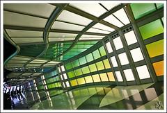 O'Hare (i ea sars) Tags: city usa chicago green art colors america illinois airport rainbow midwest colorful colours edificio ohare canon5d colourful aeropuerto canonef2470mmf28lusm architettura 2470l multicolor ef2470mmf28lusm architectura ohareinternationalairport 2470mm architektura ohareairport  canoneos5d  budova