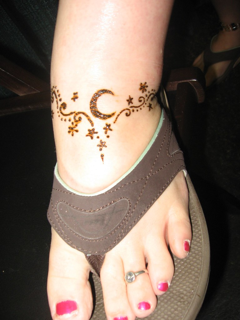 Moon Henna Designs For Feet Www Topsimages Com