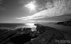 Porthleven pier (Simon Bone Photography) Tags: sea digital canon coast cornwall village harbour coastline harbourside cornish porthleven cornishphotos cornwallpictures wwwthehidawaycouk thehidaway photosofcornwall cornishphotography