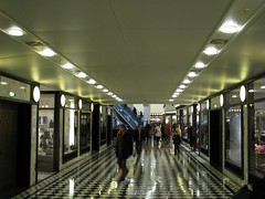 Galeries Lafayette Berlin (Jonny__B_Kirchhain) Tags: berlin germany deutschland lafayette shoppingcentre commerciale shoppingmall alemania shoppingcenter galerieslafayette allemagne centrocomercial germania  berlinmitte einkaufszentrum  friedrichstrase hypermarch      einkaufstempel