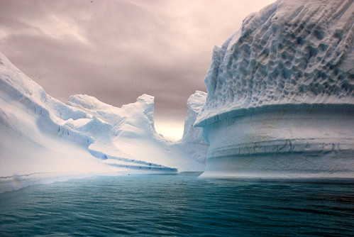 Iceberg bay by Bogdan Ionescu