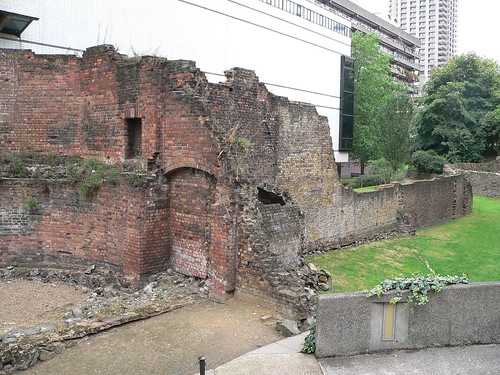 43. Wall remains near the Museum of London
