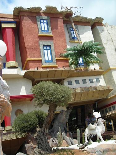Casa volcada Katmandú Mallorca