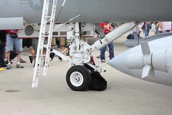 EAA10_EA-18G_11