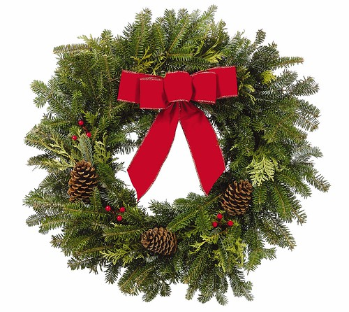 PC Outdoor Holiday Wreath