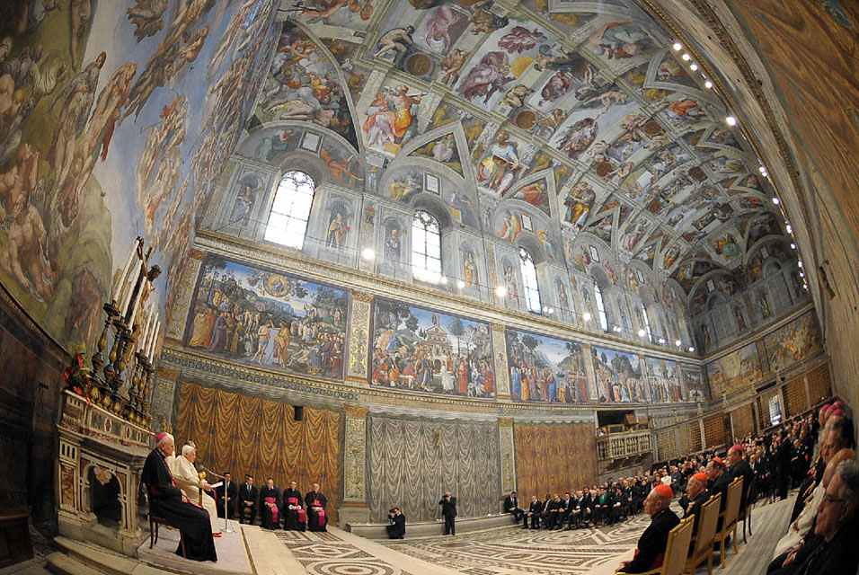 Pope Benedict Meets Artists from Around the World in the Sistine Chapel