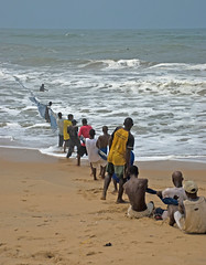 net men (bdinphoenix) Tags: africa sea 15fav water 1025fav wow interestingness fishermen ghana atlanticocean nikonstunninggallery imagesoftheworld aplusphoto geoafrica