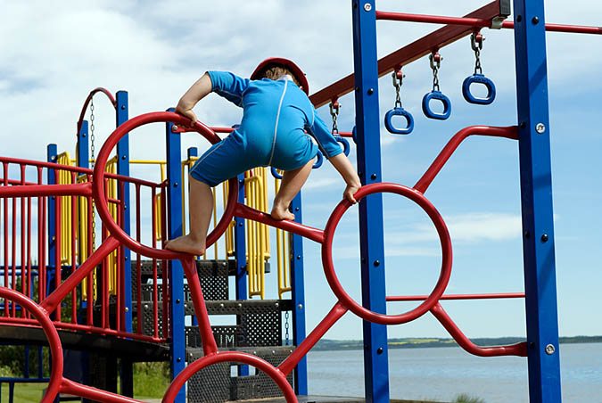 Evan climbing4445