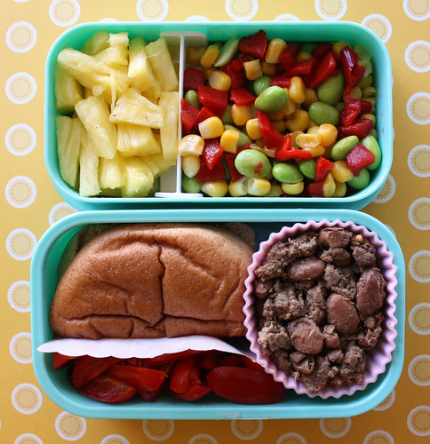 Toddler Bento #18: May 12, 2010