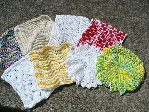 8 dishcloths ready for giving