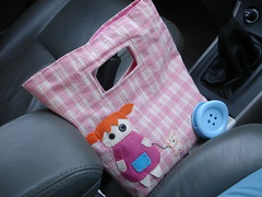 In my car... (Cludia*~Assad) Tags: bag carolgrilo bolsa 5star fofysfactory fabricbag