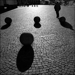 Torino 0010 (malko59) Tags: street people urban blackandwhite italy torino shadows ombre turin biancoenero italians 500x500 bwemotions italybw diecicento artlegacy malko59 neroametà marcopetrino