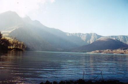 Lake with Mt.Rinjani&Baru tops