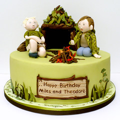 Bushcraft Cake (neviepiecakes) Tags: boys birthdaycake fondant bushcraft paintedcake