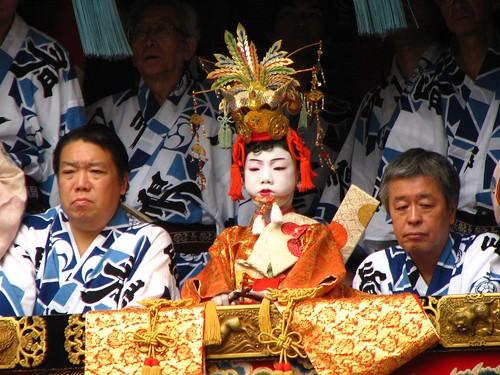 festival japan kyoto 京都 日本 shijo gionfestival 祇園祭 京都市 四条通 長刀鉾 naginataboko 稚児 gion2007