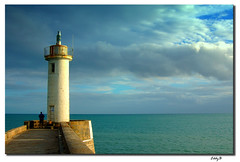 Faro de Audierne - Lighthouse of Audierne (EddyB) Tags: sea sky lighthouse france clouds faro mar nikon bravo europa europe d70s bretagne cielo nubes chapeau francia phare breathtaking peopleschoice welltaken eddyb audierne frenchbrittany bretaafrancesa platinumphoto ltytr2 ltytr1 ltytr3 holidaysvacanzeurlaub superbmasterpiece wowiekazowie diamondclassphotographer flickrdiamond superhearts naturewatcher betterthangood nginationalgeographicbyitalianpeople thegoldendreams goldstaraward lasvistas misdiez lightofsummer naturallyartificialc04