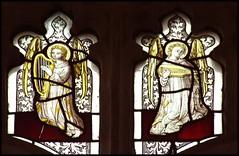 two angel musicians (Simon_K) Tags: church norfolk churches eastanglia luth harpe hassingham norfolkchurches angemusicien 070908 bikerideday2007 wwwnorfolkchurchescouk