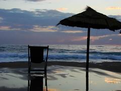 sea & sand (carmine de simone foto) Tags: santa sunset sea sky italy water clouds de sand chair italia tramonto campania foto simone maria sony di dsc salerno pompei carmine h5 castellabate santamariadicastellabate supershot carmined carminedesimone carminedesimonefoto