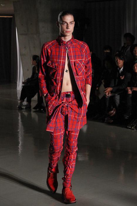 Ran 3015_SS11_Tokyo_DISCOVERED(Fashionsnap)