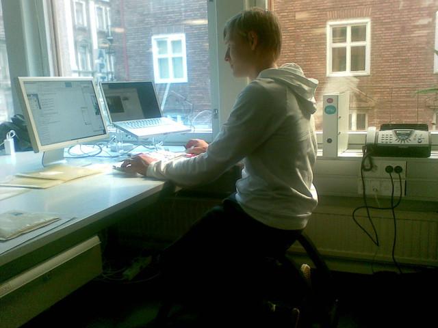 My desk+stokke chair