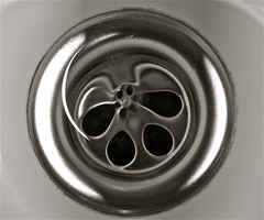 * (dlpz) Tags: agua fregadero bid orificio