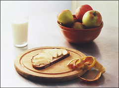 Apfelbrot (jense1) Tags: food apple bread milk essen stillife apfel brot milch apfelbrot