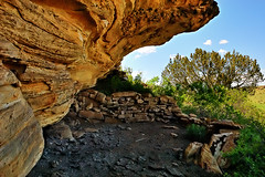 Shelter (Fort Photo) Tags: history nature mystery landscape bravo colorado culture cave prairie shelter grassland archeology seco grasslands swallows overhang 2007 nests naturesfinest swallownests purgatoire clff purgatoireriver anawesomeshot southeastcolorado irresistiblebeauty diamondclassphotographer flickrdiamond purgatoryriver purgatoireriverbasin