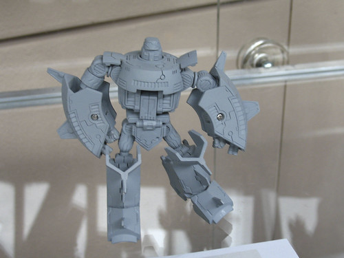 "Botcon '07 - Day 2 - Hasbro Tour - 6"" Titanium Cosmos that will never be made."