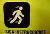 HAGA ESTO (EDO BERTRAN: FOTOS SIN PHOTOSHOP) Tags: mono follow siga instructions correr instrucciones desplazamiento