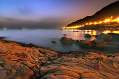 Keelung Islet at Dawn, Taiwan (*Yueh-Hua 2016) Tags: longexposure nature sunrise canon landscape eos dawn seaside nice scenery good fine taiwan scene tokina  1224mm keelung 30d beachscape    canoneos30d horizontalphotograph t124  fantasticweather tokinaatx124proifdx1224mmf4 2007july waimushancoast