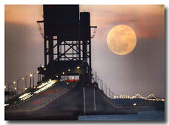 James River Bridge and full, harvest Moon rising... (Colorado Scenics) Tags: virginia 35mmfilm jamesriver hamptonroads jamesriverbridge supershot konicat3 fullharvestmoon hourofthediamondlight sigma400mmmirrorlens fujirealaiso100colornegative