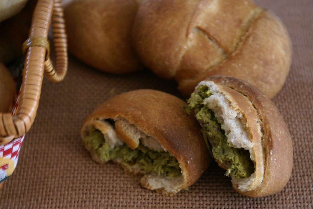 Minty Pea Stuffed Bread Rolls