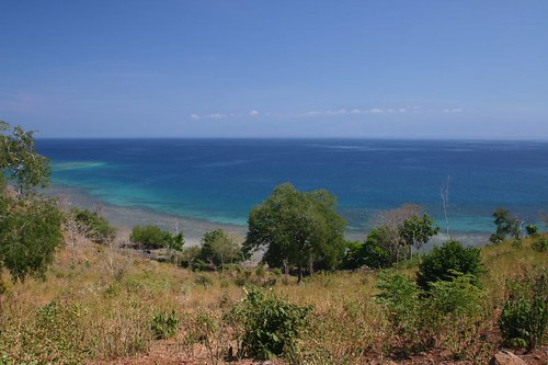 Great costal cycling on Sumbawa...