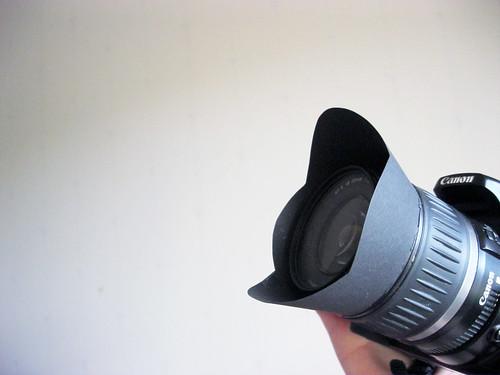 Paper lens hood