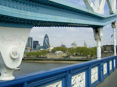 Tower bridge (Gijlmar) Tags: uk inglaterra bridge england london towerbridge puente pod europa europe ponte most londres pont angleterre brug brcke londra hd londen kpr anglia inghilterra avrupa evropa londyn     eurooppa englanti  ngiltere eurpa anglaterra