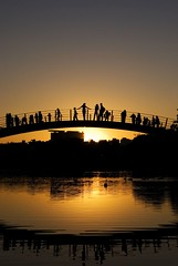 Ponte do pôr-do-sol/Sunset bridge - by renatotarga