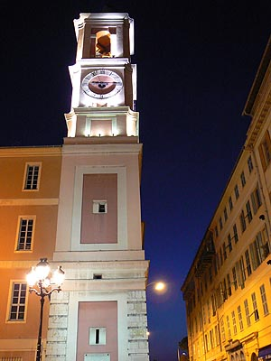 eglise nice by night.jpg