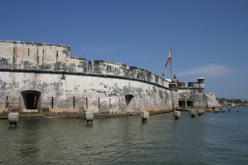 Fuerte (fort) San Fernando at the Bocachica entrance to Bahía de Cartagena...