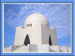 Mazar-e-Quaid (Iqbal.Khatri) Tags: pakistan detail art bravo tomb great capture karachi sindh archietecture mazar mazarequaid internationalflickr superaplus aplusphoto iqbalkhatri